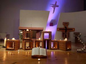 Prière mensuelle avec chants de Taizé à St Viateur !